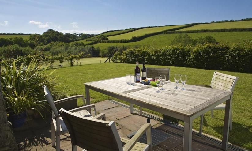 £100 off Dartmouth Holiday Cottage July & August 2015
